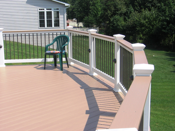 Low maintenance composite decking baltimore md dc va for Low maintenance deck plants