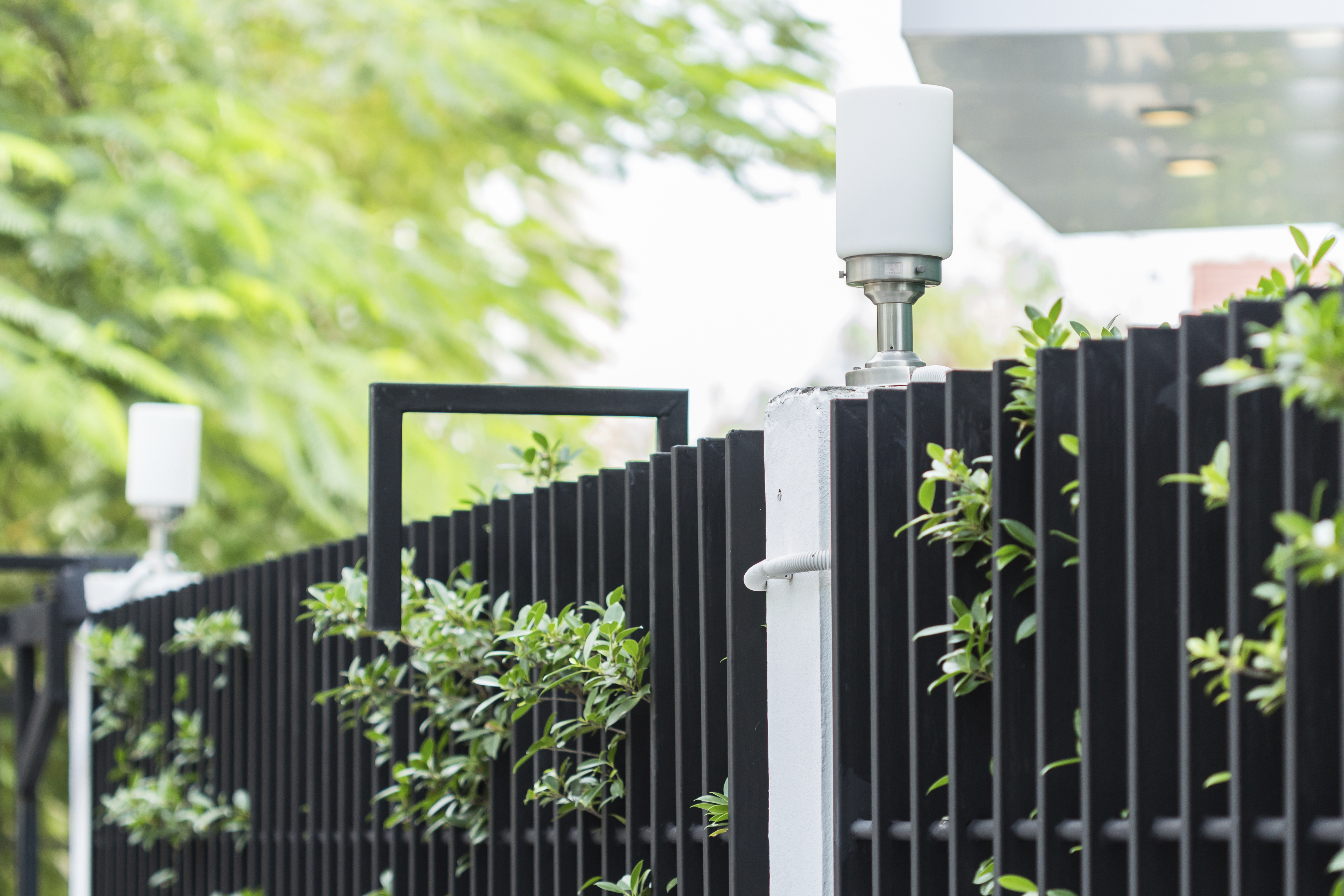 Decorative Security Fencing What Are The Benefits Of Aluminum Fences