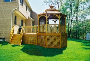 4 Reasons to Add a Beautiful Gazebo to Your Yard this Spring