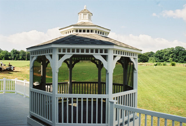 Which Gazebo Style is Perfect for Your Landscape?