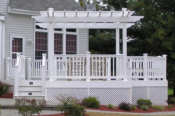 The Benefits of a Vinyl Pergola