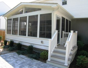 How to Prepare Your Screen Porch for Spring