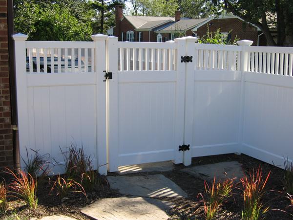 Vinyl Fencing Fence Installation