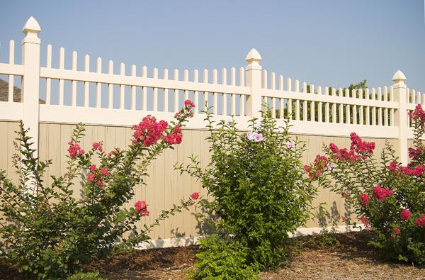 vinyl fencing vinyl fence installation baltimore annapolis md dc va since 1986