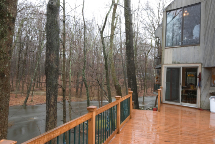 The Pros And Cons Of Composite Decking Is It Worth It