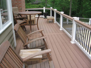 How to Keep Warm on Your Deck