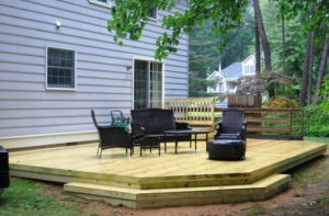 Protecting a Wood Deck in Winter