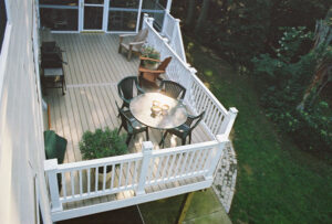 mid-atlantic deck and fence composite decking in Pasadena