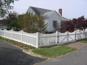 mid-atlantic deck and fence best vinyl fences in Ellicott City