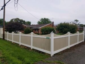 Picket Fence Installation in Edgewater, Maryland