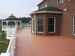 Mid-Atlantic Deck and Fence composite decking in Upper Marlboro