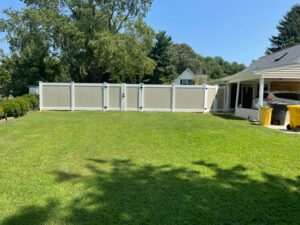 Great Testimonial and New Vinyl Fence!